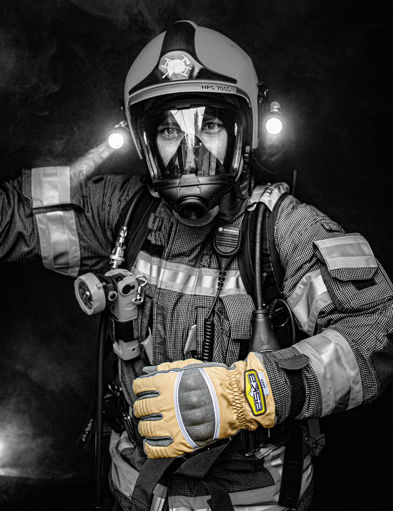 The textile firefighting glove ARES is certified to AZ/NZS 2161.6-2014 and fulfils the extremely strict Australian standards.
