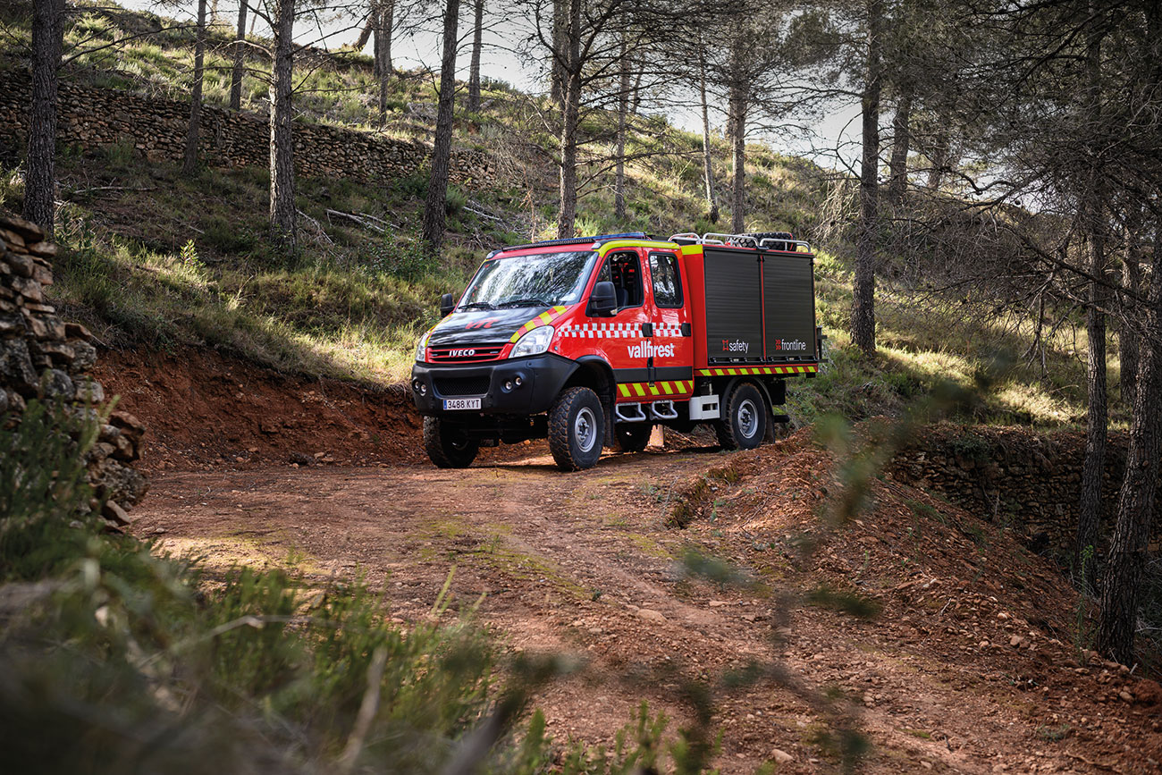 High-performing off-road features to ensure PPE's, tools and machinery anywhere, no matter how remote.