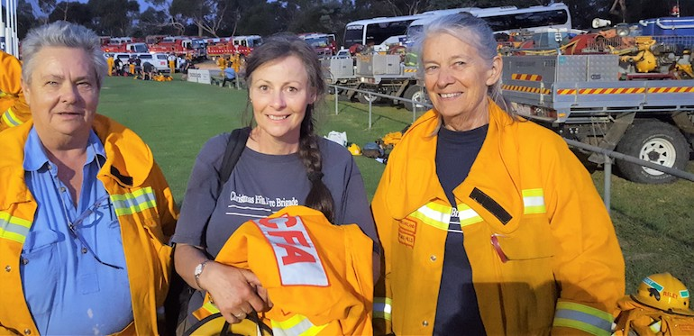 Congratulations to the Christmas Hills Brigade, and (L to R) Dianne Simmons (Captain), Deirdre Lucas (Secretary) and Veronica Holland (firefighter). (Aussie Pumps)